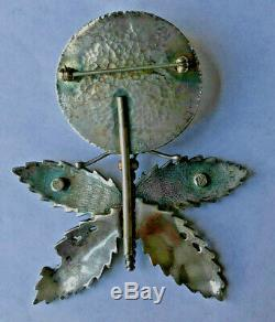 American Jewelry artists Dave and Roberta Williamson's early sterling silver pin