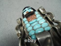 Detailed Vintage Zuni Turquoise Coran Sterling Silver Coral Pin