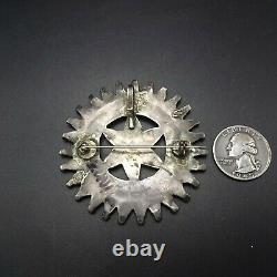 GORGEOUS Vintage 1930s ZUNI Sterling Silver TURQUOISE MANTA PIN/PENDANT 2.5