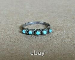 Vintage Native American Sterling Petit Pin Point Turquoise Ring Zuni Sz 5.75